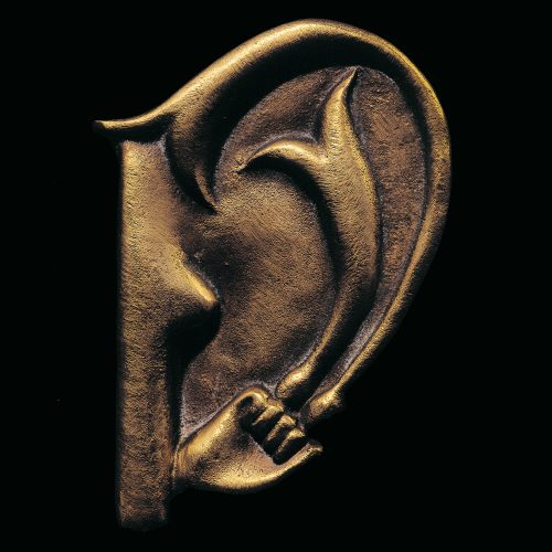 The Ear of Giacometti (Das Ohr von Giacometti) by Meret Oppenheim