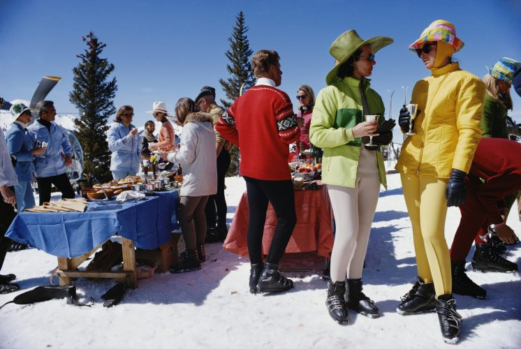 Snowmass Gathering by Slim Aarons at FEUTEU