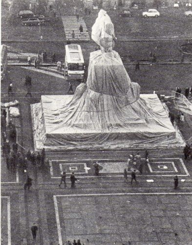 Wrapped Monument Vittorio Emanuele II by Christo at